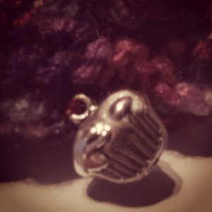 Plutonium Muffin bead on the handwarmer (Copyright Corrie B)