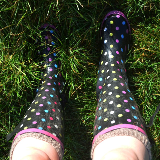 Wellies and hand-knitted socks. Fashion. Icon.