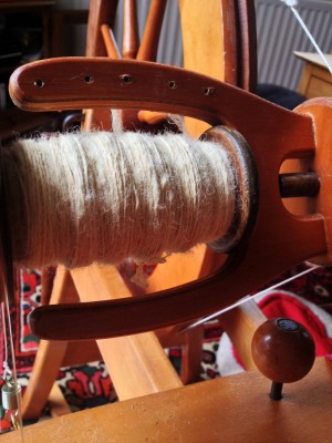 One full bobbin, waiting to be plyed!