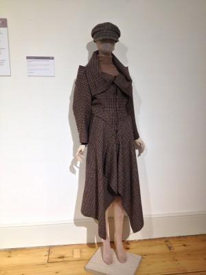 I *want* this coat.
