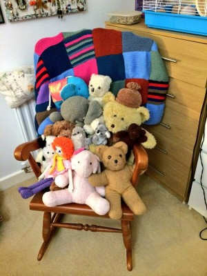 A plethora of teddy bears who are very happy about the homemaker in me!