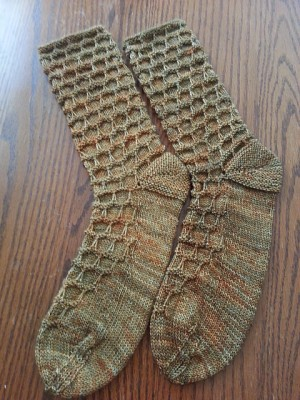 I adore the texture of the socks, incredible. Image copyright yarnie52 2014.