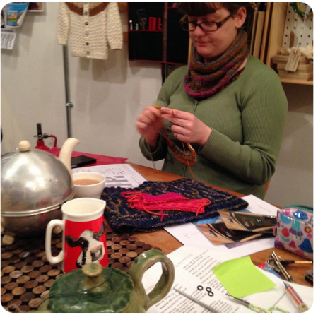 Working on my cowl during our lesson at Wild and Wooly (photo copyright Renee Callahan 2015)