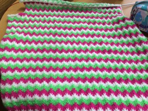 So many gorgeous, gorgeous zigzags on this jumper!