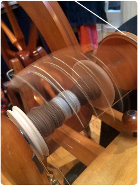 Fantastic spinning of the bobbin action shot!