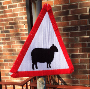 Sheep mark the way to Unravel!